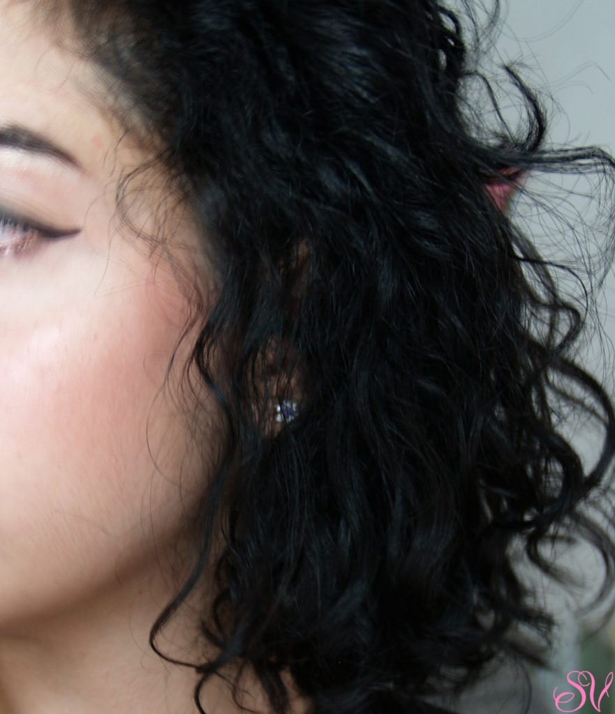 Il risultato si miei capelli dopo aver applicato a capelli asciutti ualche goccia di Elixir Bifasico Ricco Quantic Licium